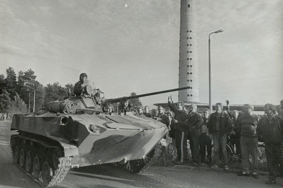 teletorn-tankid-soomukid-1991-66610243.jpg